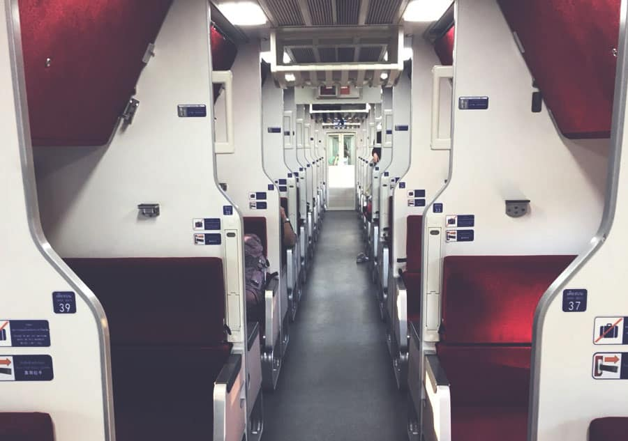 overnight train from bangkok to chiang mai